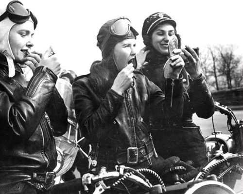 vintage-motorcycle-girls